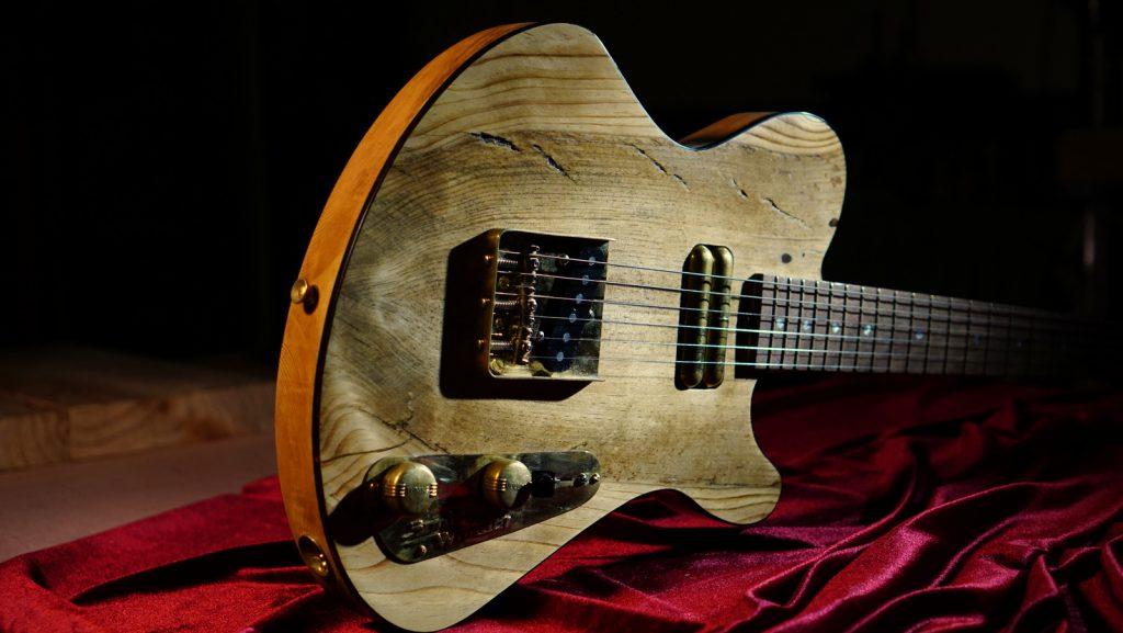 Boutique Guitar made from Jerusalem Pine - Building a salveged hollowbody woodpiece